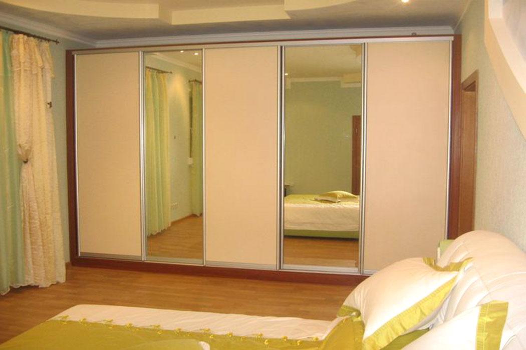 Широкий 5ти створчатый шкаф-купе в спальню 002 - шкафы в уфа.